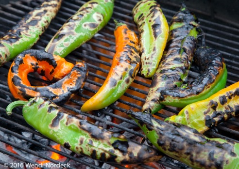 Roasting New Mexico green chile from http://roux44.com